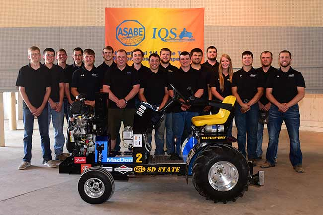 South Dakota State Takes 1/4-Scale Contest